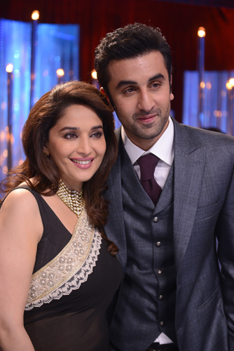 The Kapoor's visit Jhalak for the semi finale!