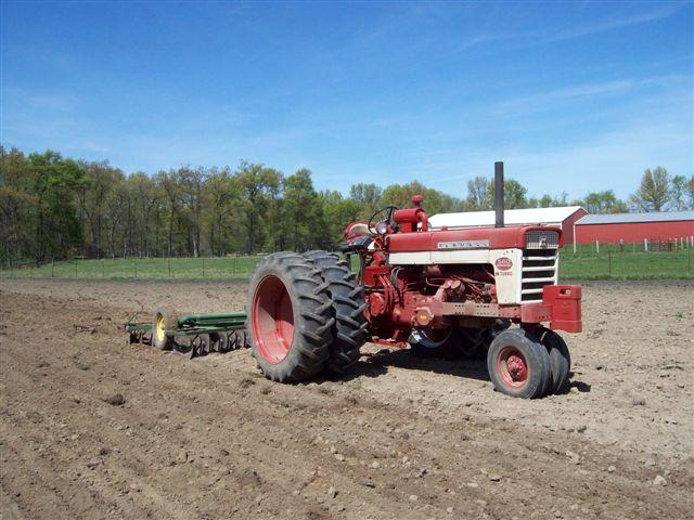 Ih 560 Turbo : Duals on a general ih red power magazine community