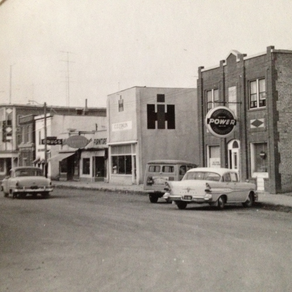 IH Dealership Building's Post Your Pictures