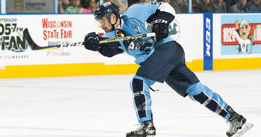Admirals Fall 2-1 on First Night of Texas Two-Step
