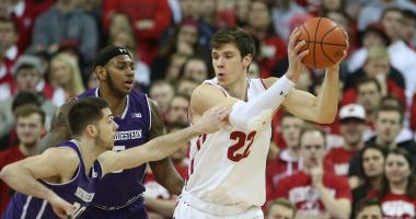 Badgers lose fourth straight, 60-52