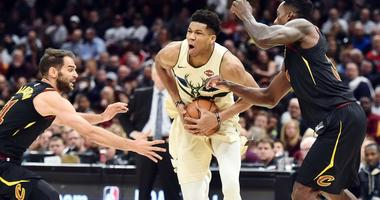 Giannis out for 76ers game