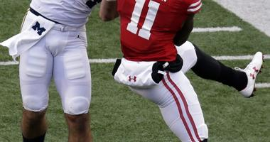 Badgers Nick Nelson injured