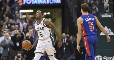 Bucks top Pistons, improve to 4-0 with Bledsoe