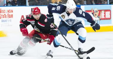 Ads outlast Griffins for 2-1 OT win