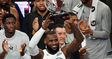 Team LeBron sneaks past Team Steph in NBA All-Star Game