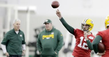 Rodgers: I'm not coming back to 'save' the Packers