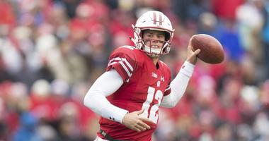 Hornibrook takes official visit to FSU