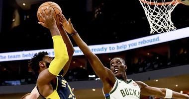 Bucks defense finding success forcing opponents to midrange shots