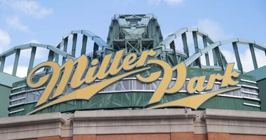 Attendance down at MLB games, but not in Milwaukee
