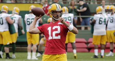 Rodgers calls out young WRs