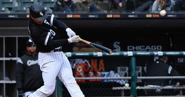 Brewers acquire Tyler Saladino from White Sox, designate Alec Asher for assignment
