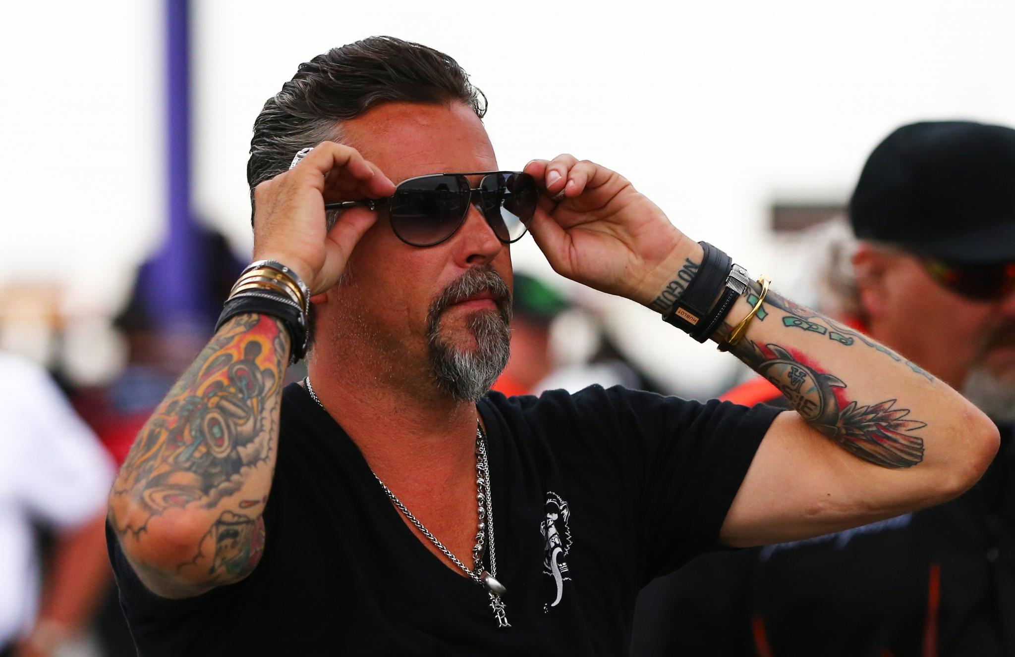 Johnny talks to Fast n Loud s Richard Rawlings 10 12 17
