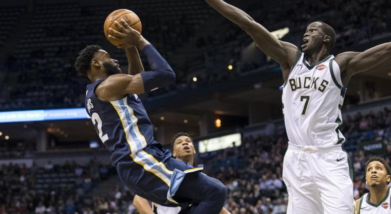 Tyreke Evans scored 27 points in 33 minutes/Final: Bucks 110 Grizz 103