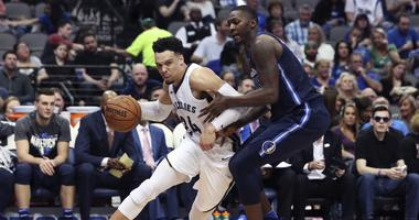 Grizz Drop 17th Straight Sat. at Dallas 114-80