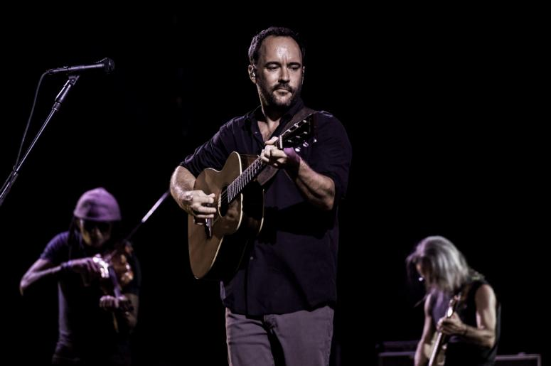 Dave Matthews performs at the Perfect Vodka Amphitheater.