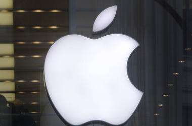 Iphone Apple Logo