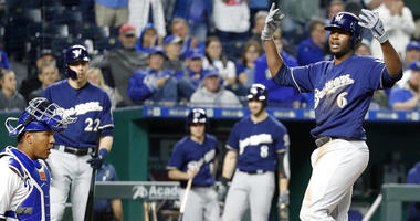 Brewers beat Royals 5-2