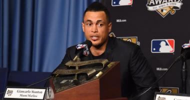 Baseball Hot Stove: Stanton Not Cooking In St. Louis