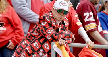 Bob Lutz: Chiefs look for explanations amidst 1-5 collapse