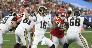 Los Angeles Rams quarterback Jared Goff (16) throws the ball against the Kansas City Chiefs