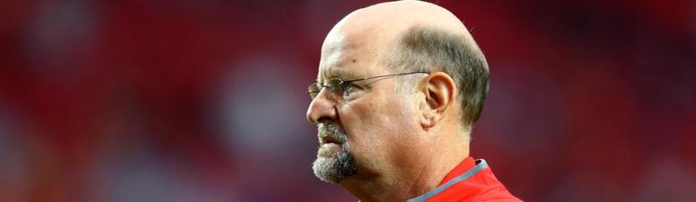Brad Childress retires in Chiefs' coaching staff shakeup