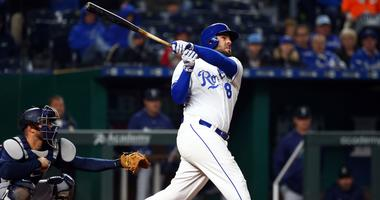 Mariners sharp in 8-3 win over Royals