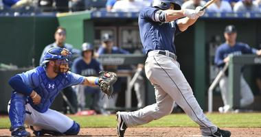 Seager's homer in 8th sends Mariners past Royals 4-2