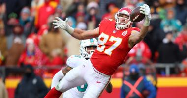 Chiefs earn back to back division titles after beating Miami 29-13