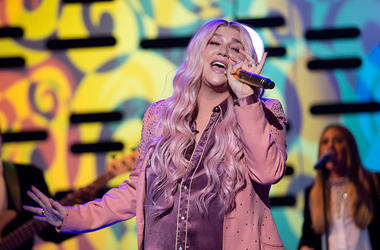 11/16/2017 - Kesha performing during the filming of the Graham Norton Show at The London Studios, south London, to be aired on BBC One on Friday evening. (Photo by PA Images/Sipa USA)
