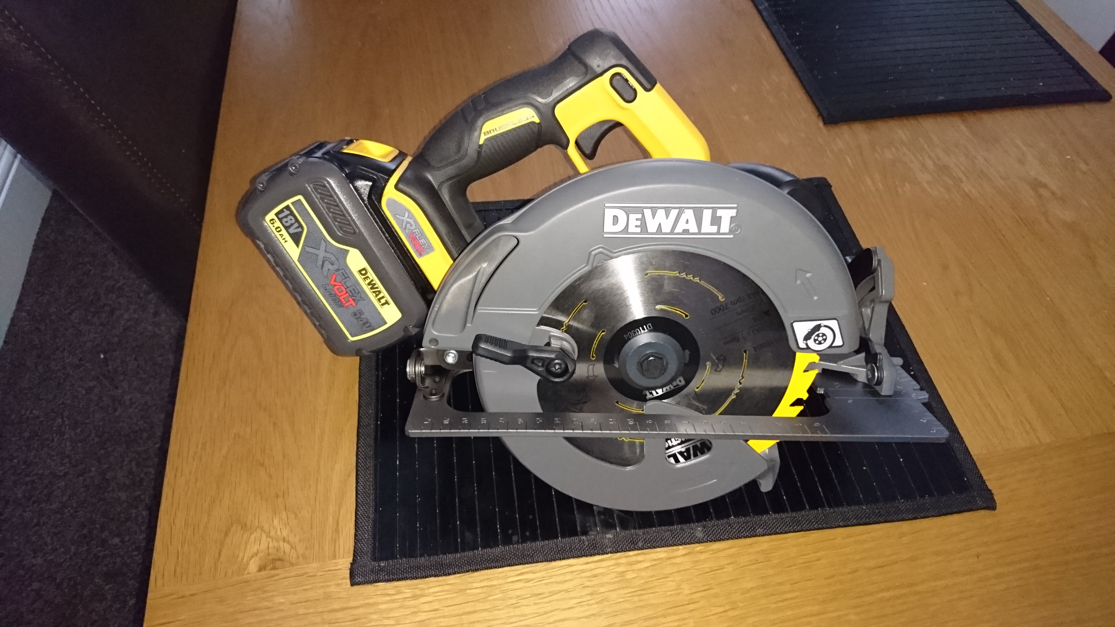 Flexvolt circular saw dewalt power tool forum tools just thought i would share this as i picked it up after work today cant wait to put it through its paces keyboard keysfo Gallery