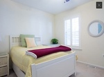 Furnished Master Bedroom & Bath in Sunny Townhouse