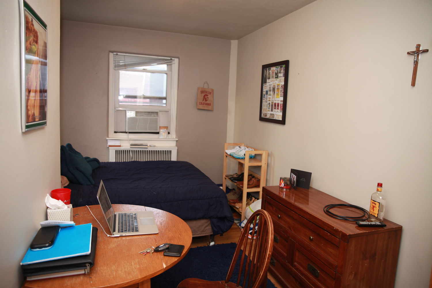 Room Available for Summer in Georgetown Townhouse