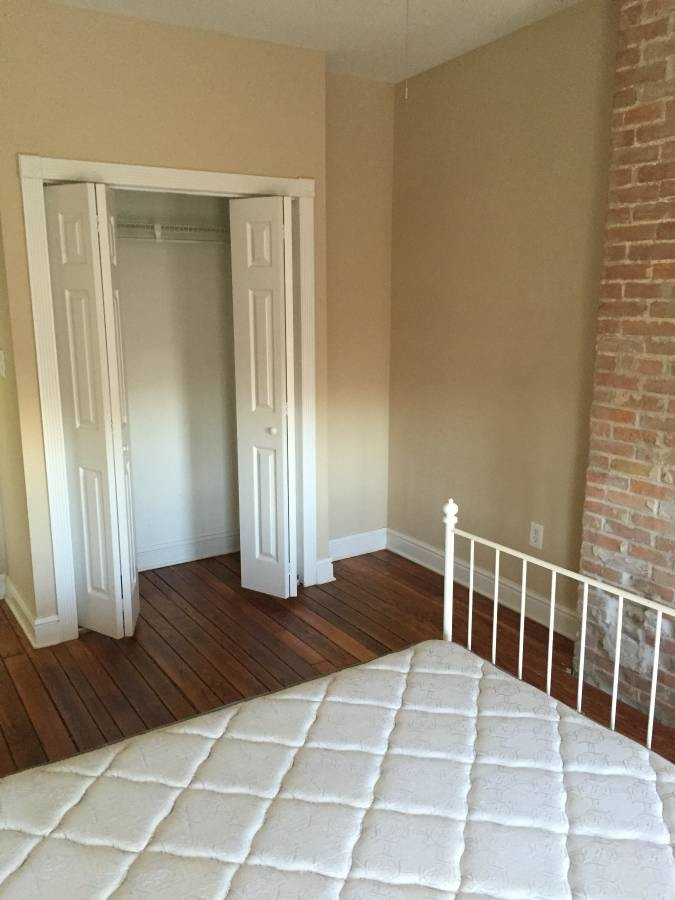 Large Federal Hill Bedroom