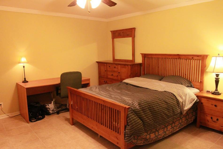 Furnished Room w/ Private Bathroom All Utilities Incl.