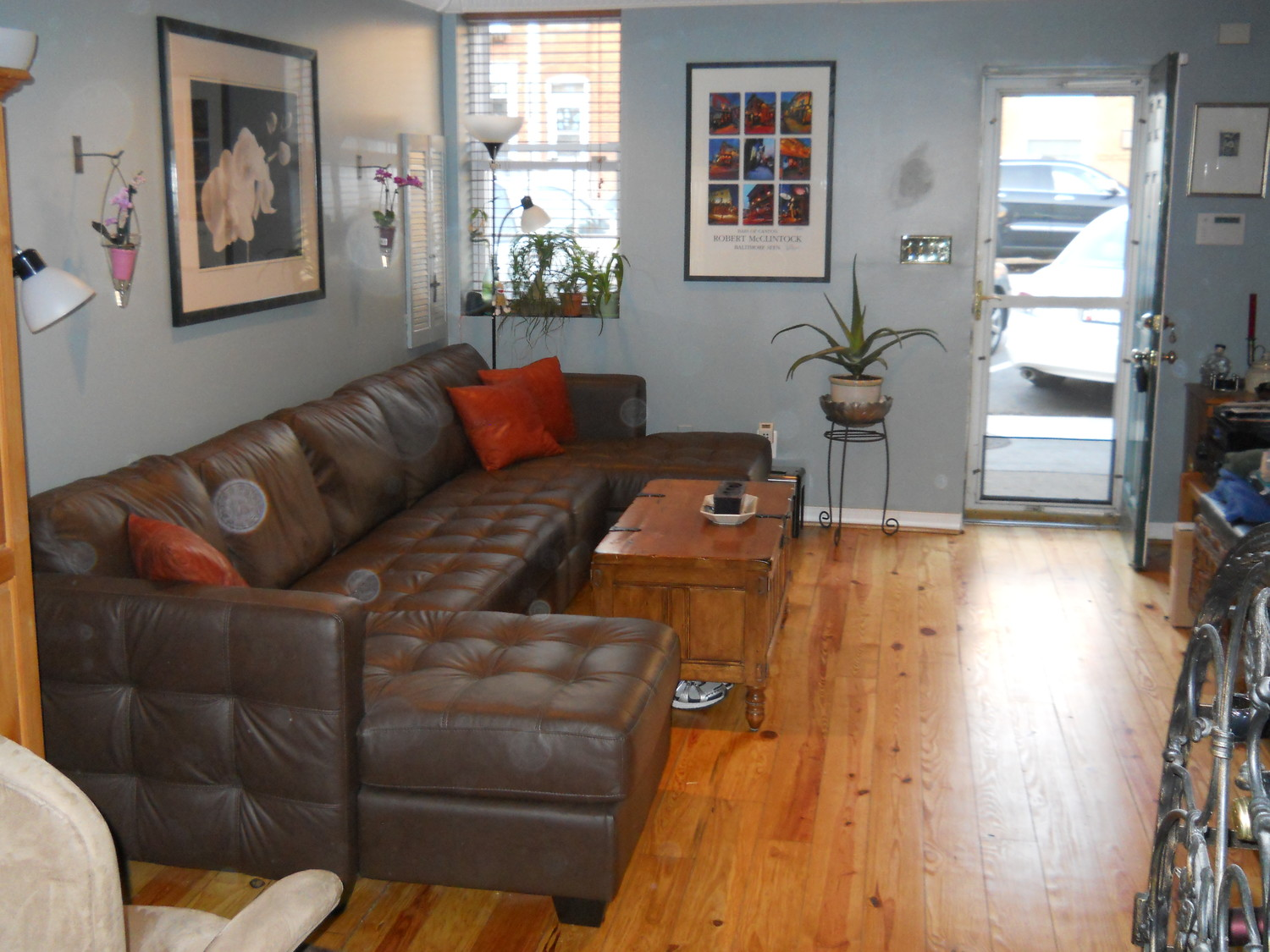 Roommate wanted - Canton / Fells Point - Fully Furnished