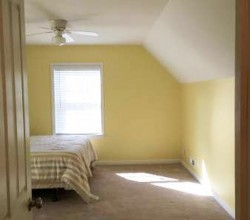 Awesome Room for rent!!! In a great area!!