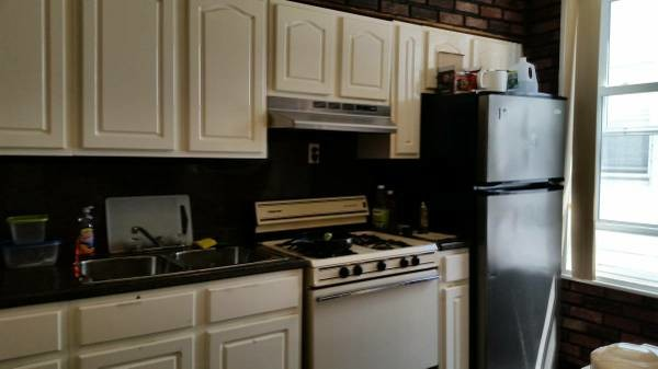 Furnished Room in Safe and convenient Boropark