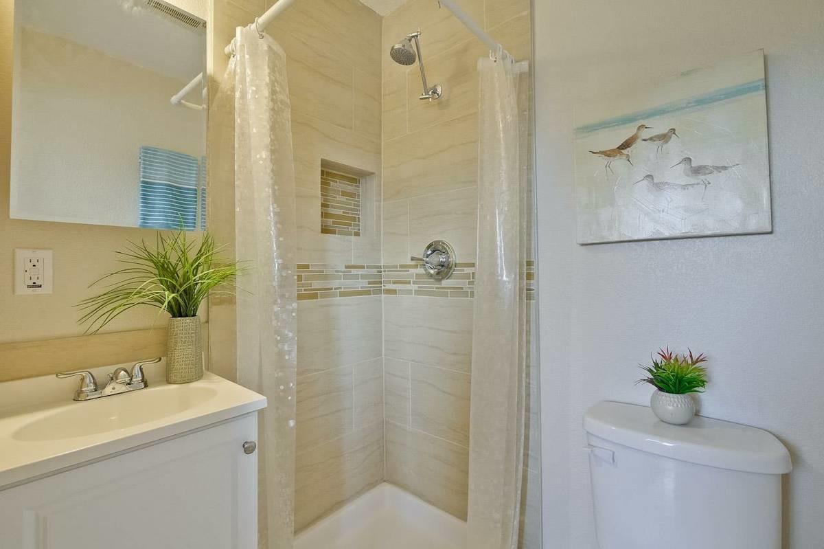 2 Rooms Available at 49 Goodyear St San Jose (san jose downtown)