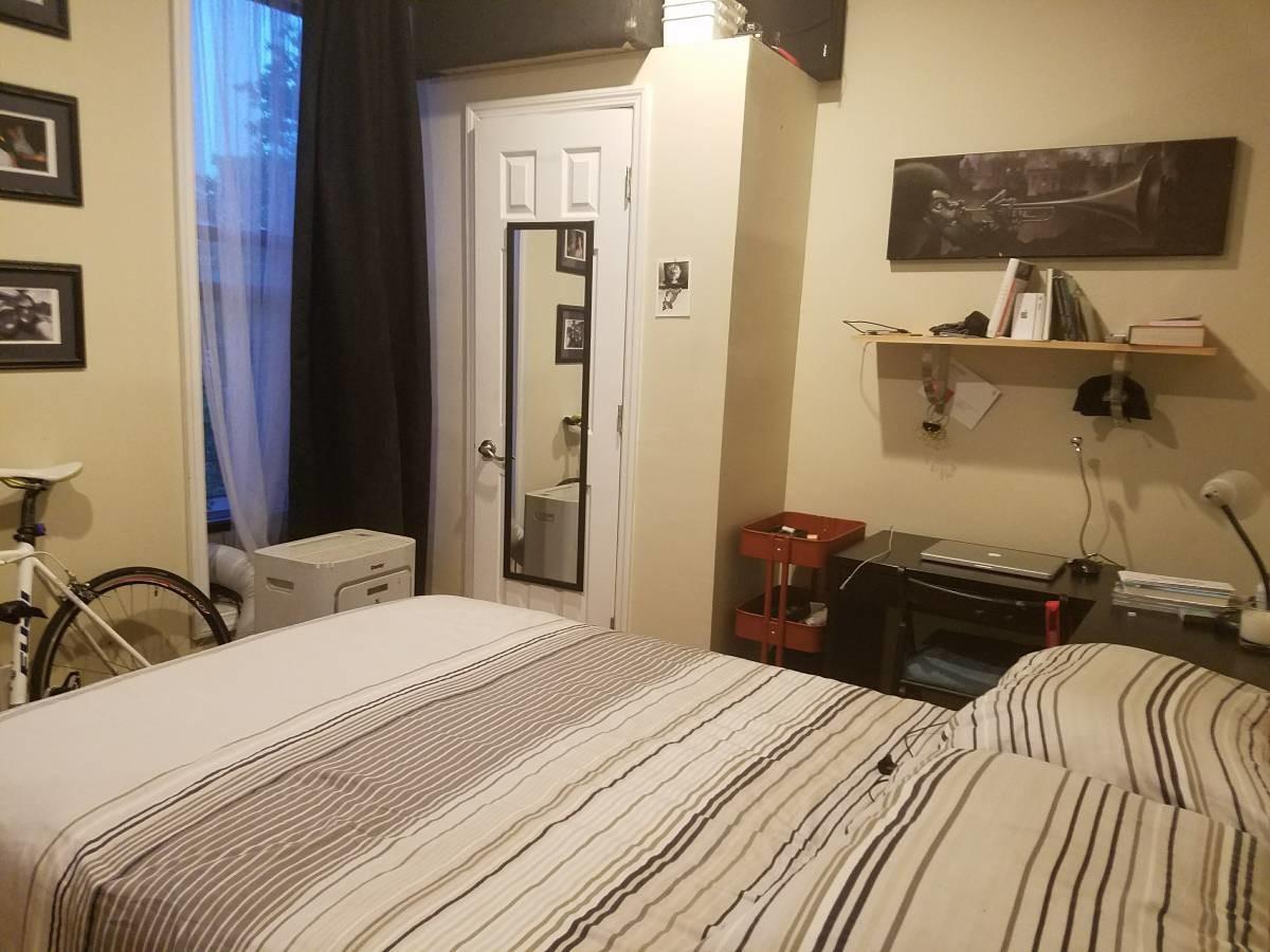 Room in 2 bedroom