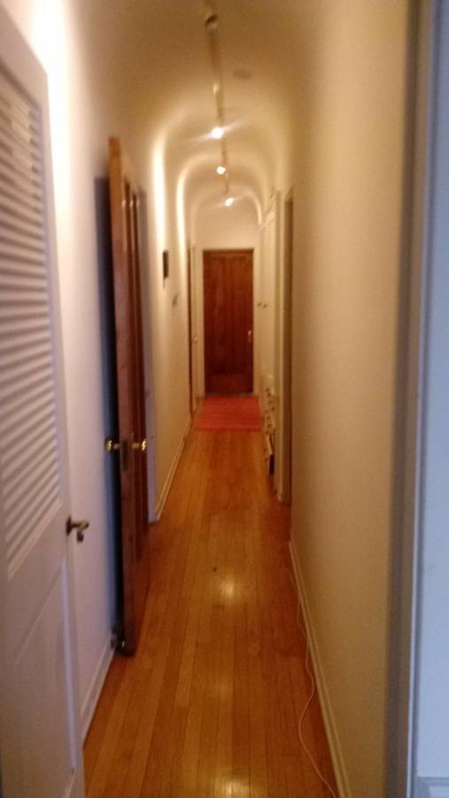 Beautiful Lakefront Apartment Master Bedroom Share $680 Flexi Move in