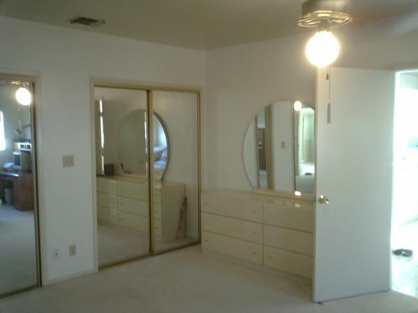 Big Master Bedroom with lots of closet space in quiet neighborhood