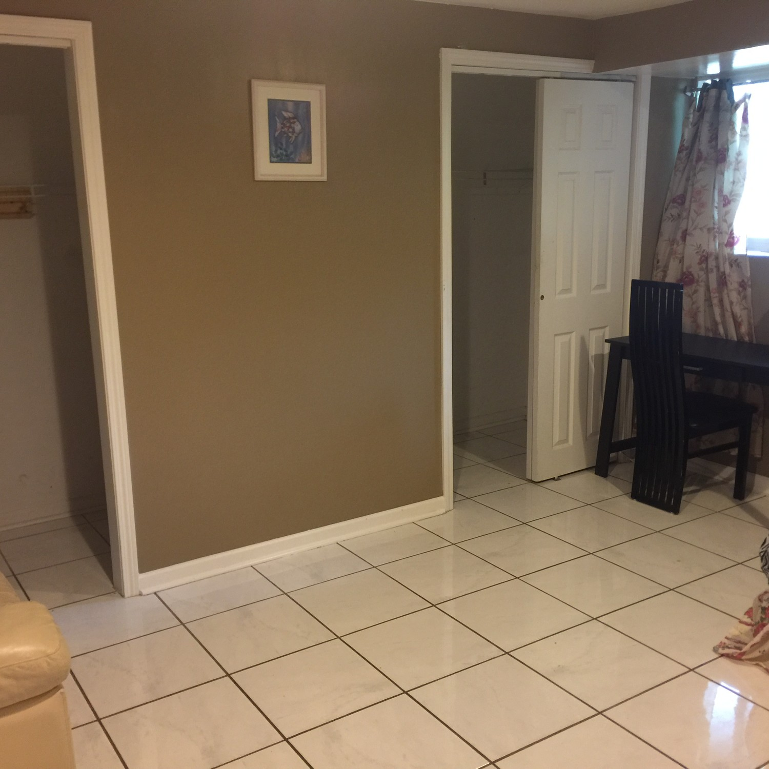 Large bedroom for rent in a single home.