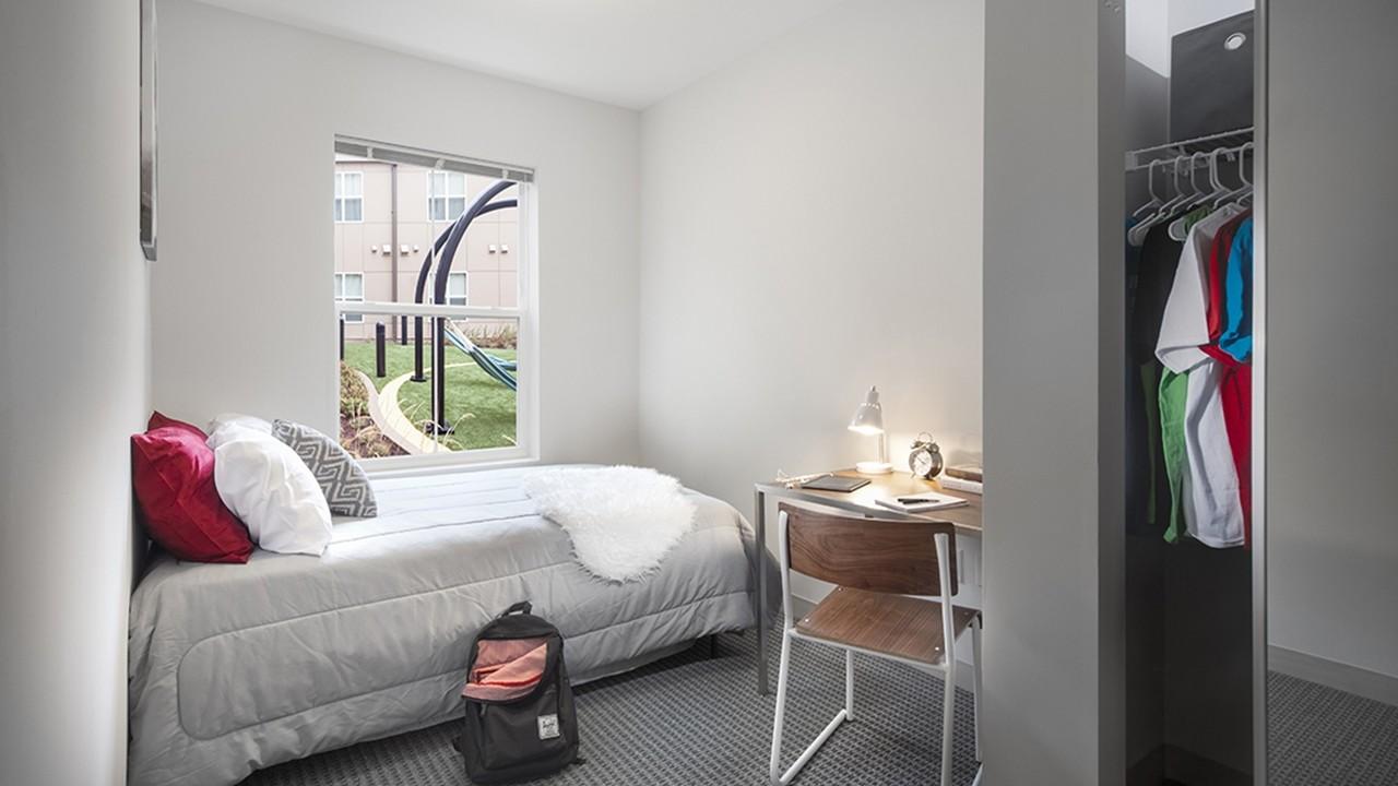 4x2 penthouse landmark apartment sublease starting Jan 2018