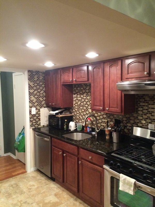 Furnished Room for Rent in a 2 bedroom/2 bathroom condo