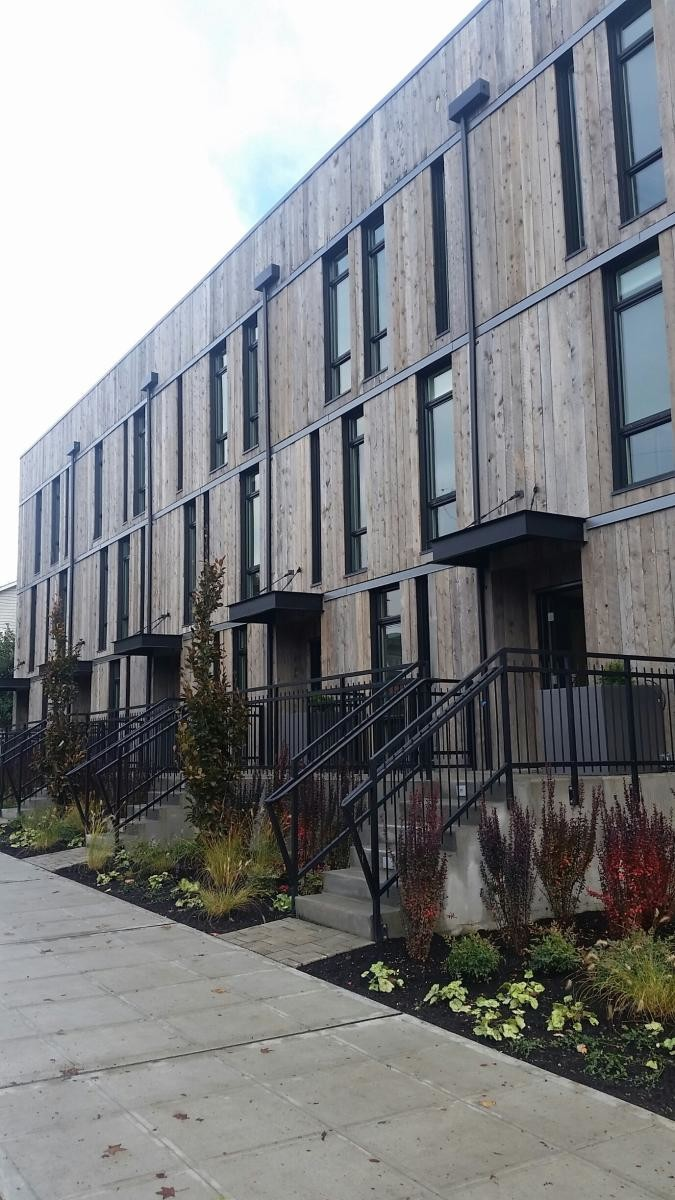 Come Live At Your Urban Oasis In The Heart Of Ballard At 5902
