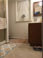 Fully Furnished 2 bed 1 bath in Fairfax