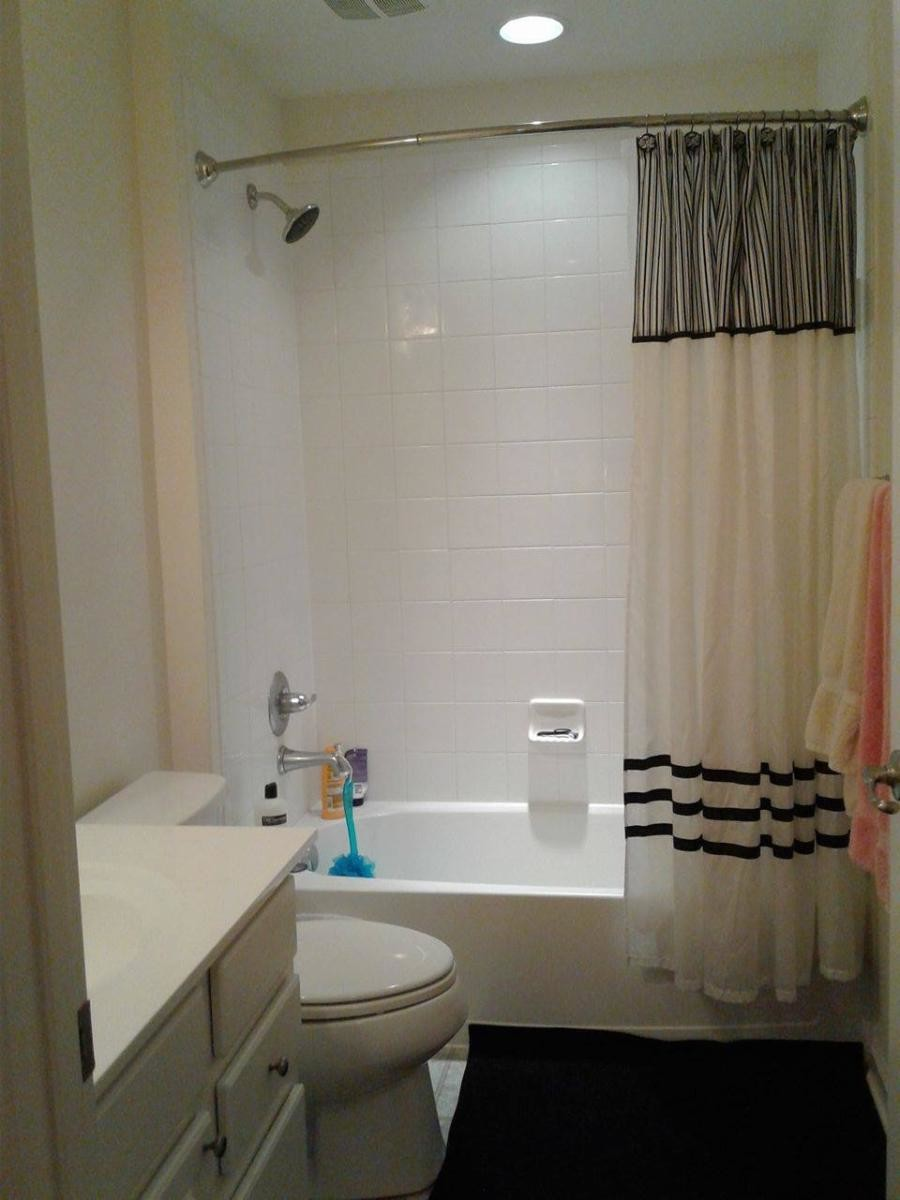 Fully Furnished Bedroom, shared bathroom and closet in duplex