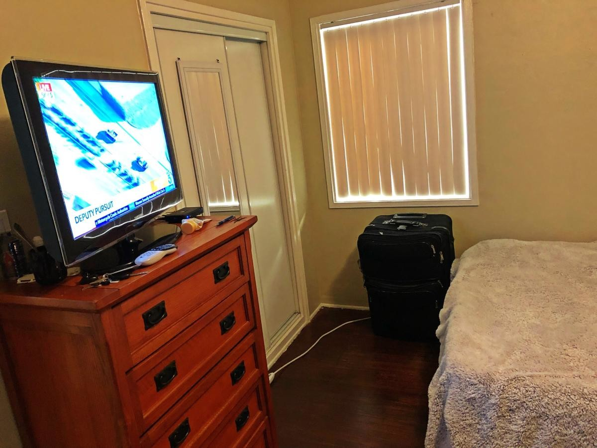 Private room for rent in a house in North Hollywood