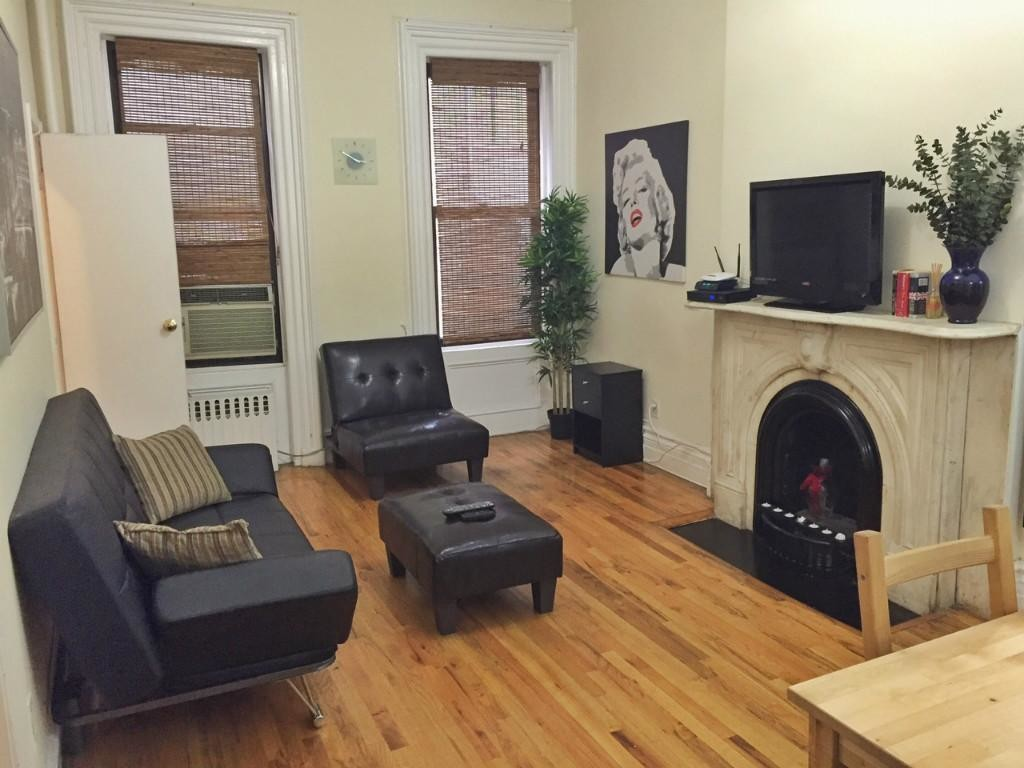 MURRAY HILL 1 BEDROOM APARTMENT FOR RENT-GRAND CENTRAL 1 BEDROOM WITH PRIVATE DECK (E. 39TH ST AND LEXINGTON AVE)